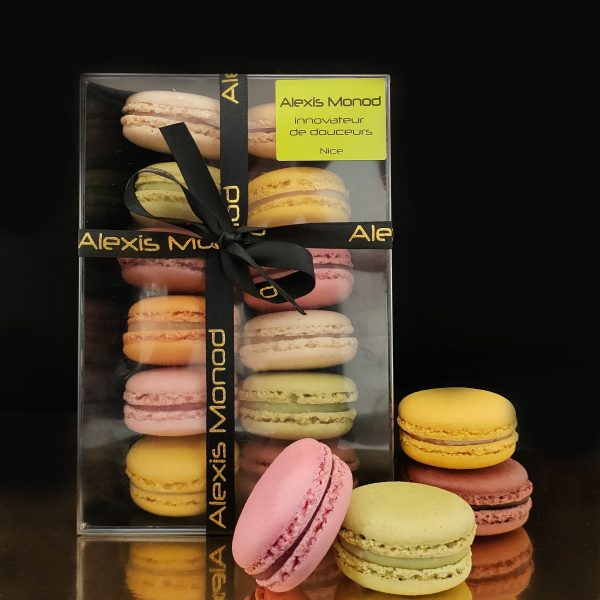 Boîte de 12 macarons - Chocolaterie et confiserie à Nice