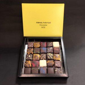 Chocolaterie à Nice _ assortiment 25 pièces 250g