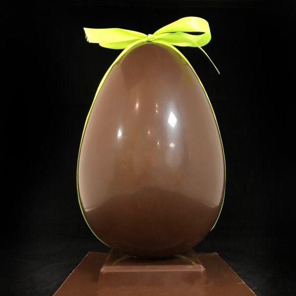 oeuf-en-chocolat-classique-noir-ou-lait